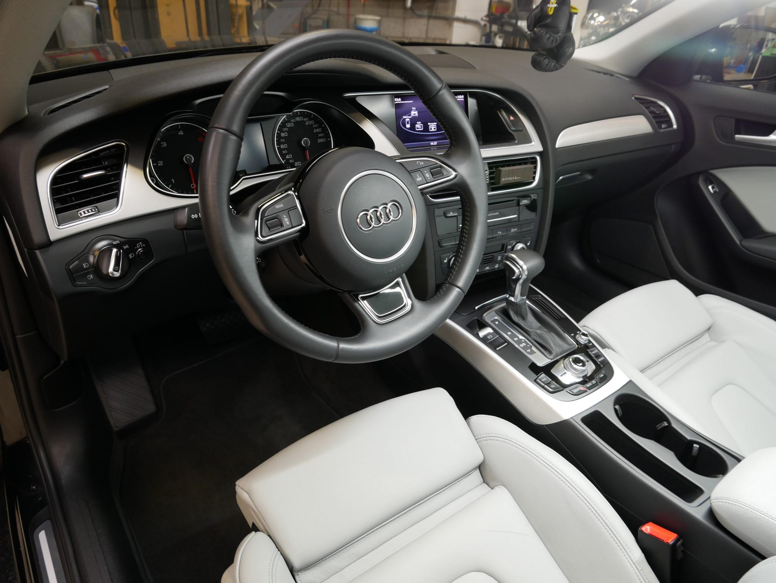 Auto interieur reinigen